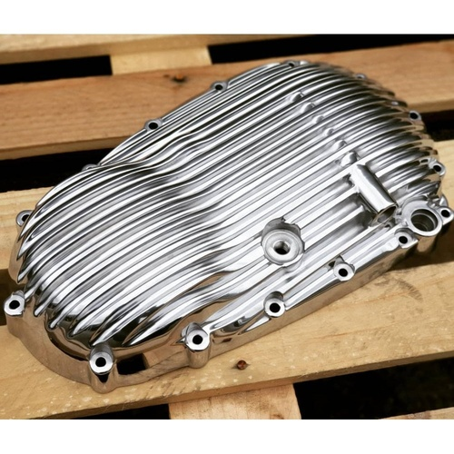 Ribbed Clutch Cover for Water Cooled Models  Polished / Black
